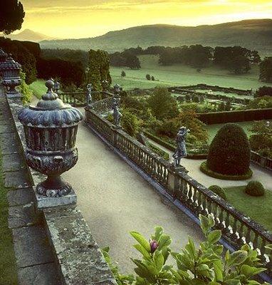 Сад замка Поуис